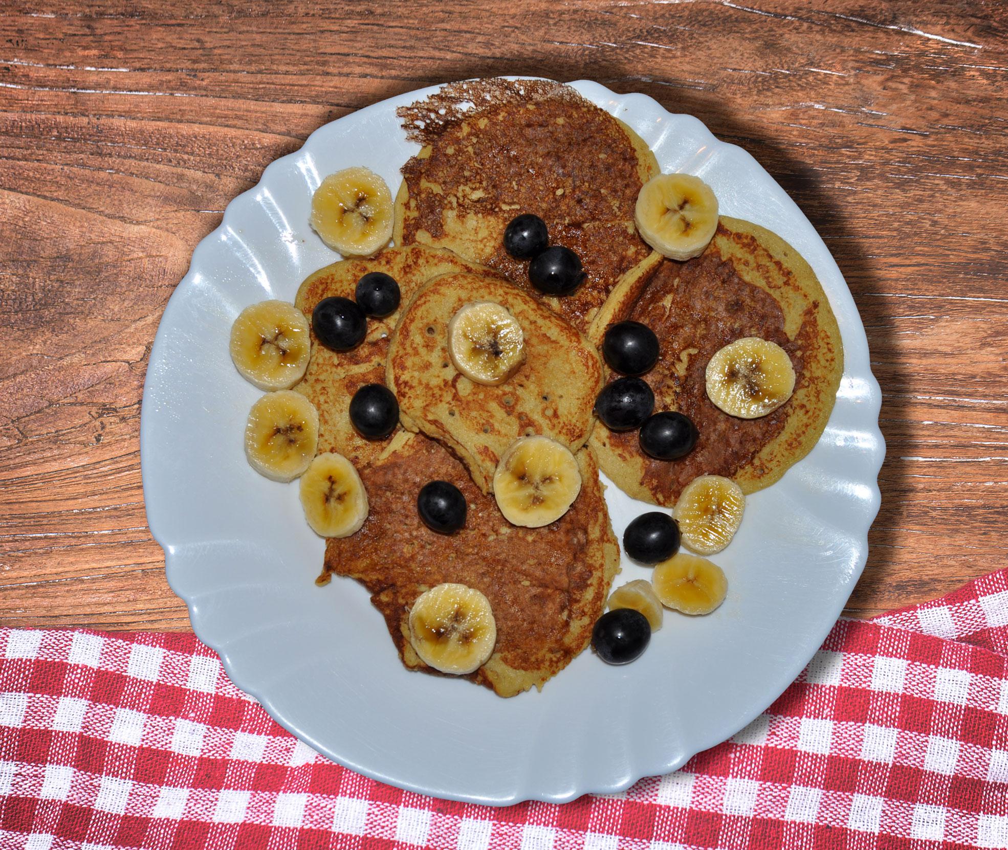 imagen blog FaWellness | Hoy receta de tortitas de avena, plátano y huevo por nuestra nutricionista Silvia