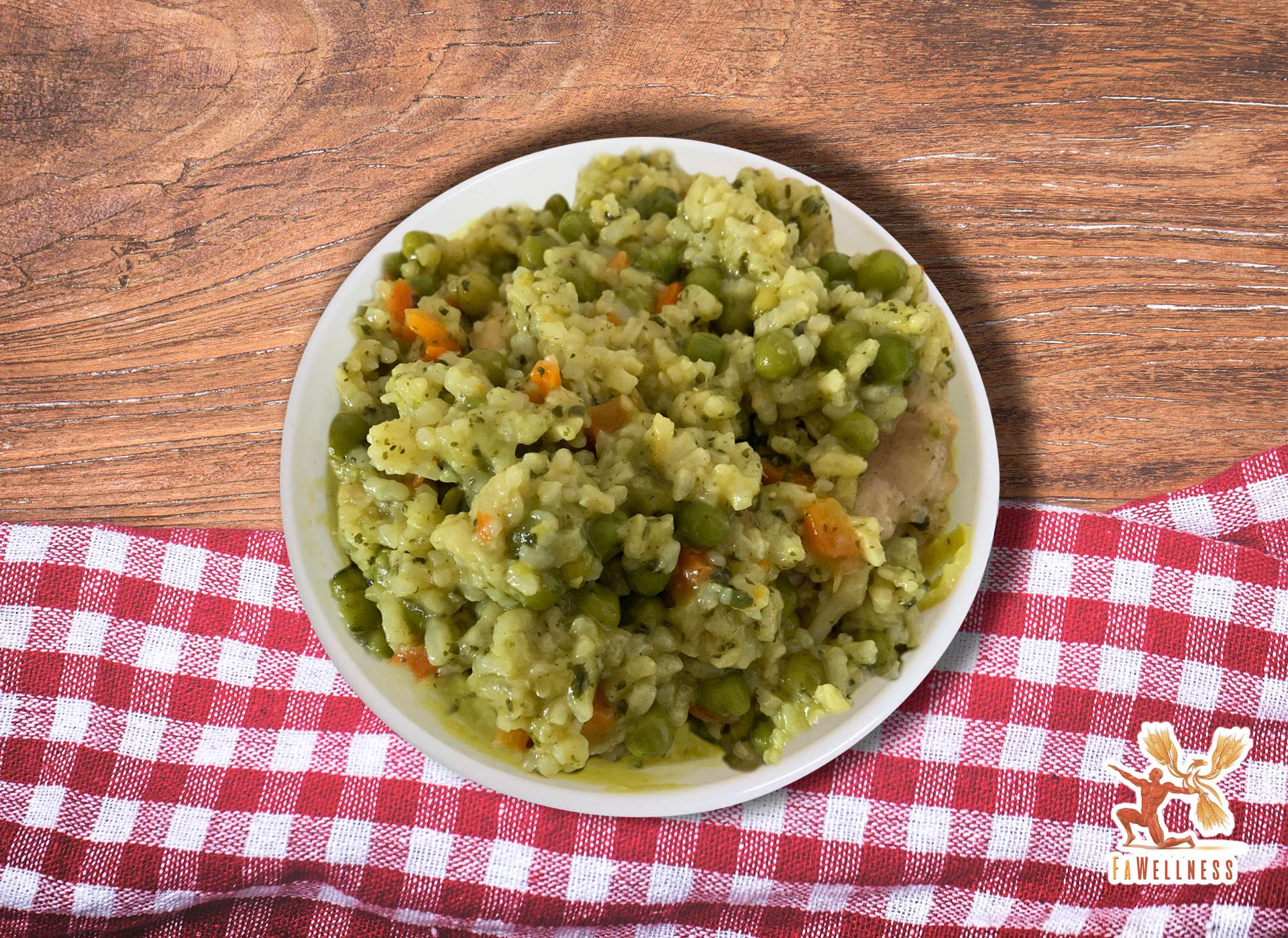 imagen blog FaWellness   Hoy nuestra nutricionista ha preparado un arroz cremoso con verduras y pollo, saludable y delicioso.